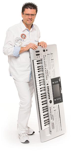 Thommy - il vostro solista per feste private, inaugurazioni e serate gala